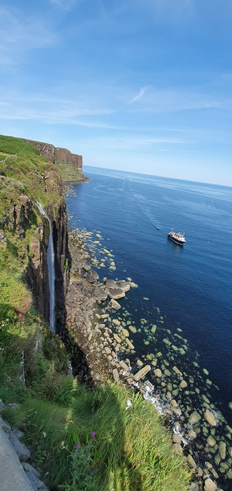 Mealt Waterfall i Kilt Rock